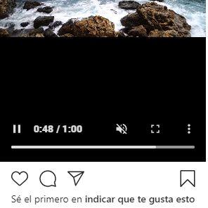 Vídeo de Instagram con el icono del cuadrado de cuatro líneas para hacer que el vídeo se ponga en tamaño de pantalla completa.