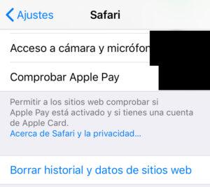 """Enlace """"Borrar historial y datos de sitios web"""" del menú de la opción """"Safari""""."""