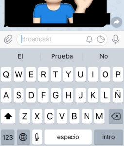 Icono del círculo con líneas en su interior en el teclado de tu iPhone en la app de mensajería Telegram.